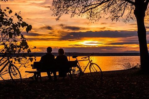 sunset-538286_6401.jpg