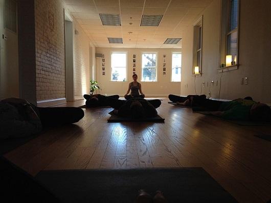 yoga-682326_6401.jpg