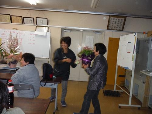 sakagutifujinnbuohana-17.jpg