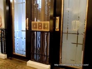 アンティーク エレベーター