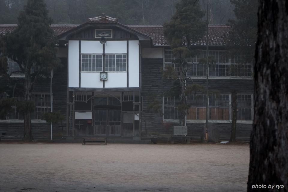 雨上がりの校庭_1