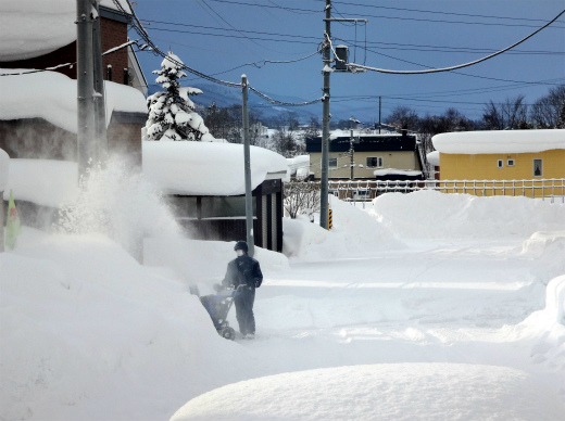 s-781-2ゴミ箱除雪