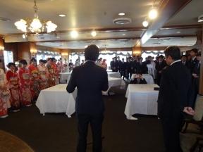 茶話会では、小間井市議と板谷町連会長から挨拶を