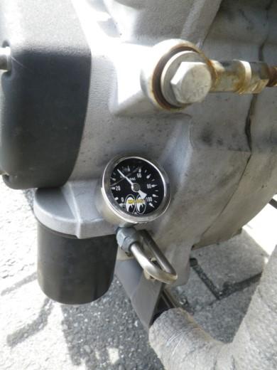 油圧計 (1)