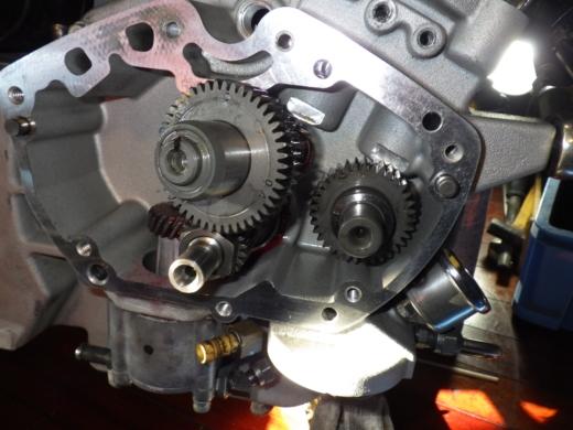 エンジン組み付け (10)