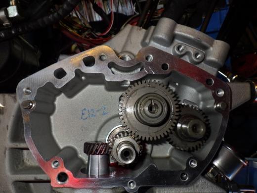 エンジン組み付け (11)