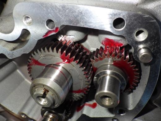 エンジン組み付け (13)