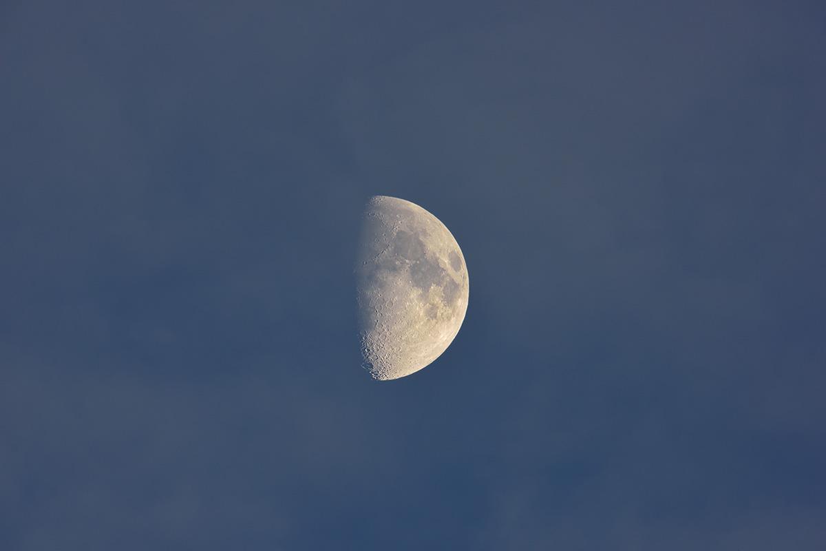 moon_151120_9496_3_1200_20151120194906c0a.jpg