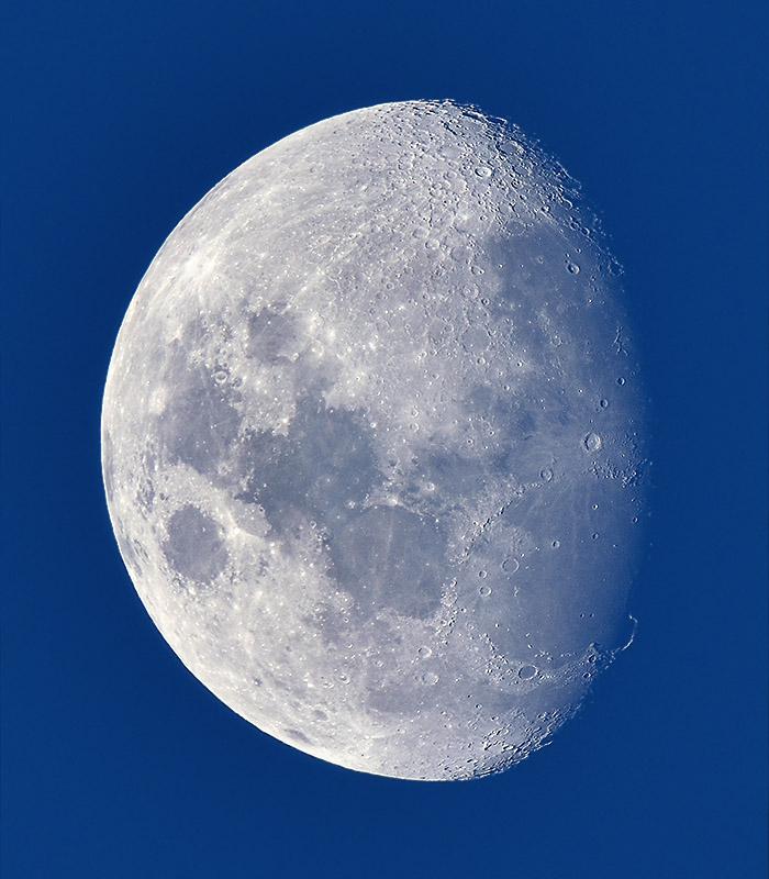 moon_160218_4738_800.jpg