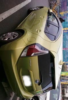 黄緑アクア